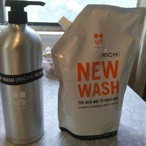 Hairstory New Wash Rich 32oz Salon Size + bottle